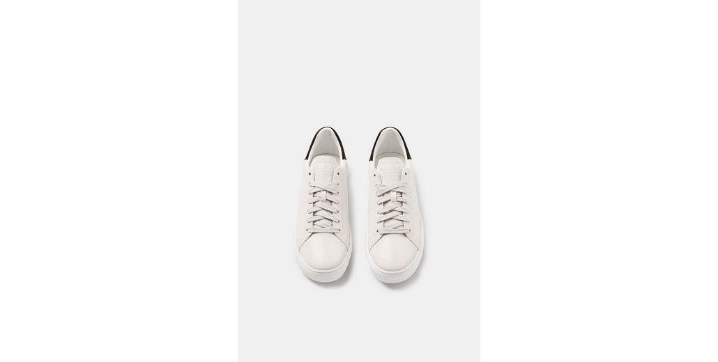 ESPRIT Sneaker in Leder-Optik mit Glitter-Finish Rabatt Footaction Spielraum Großhandelspreis Finden Große Online Finish Auslass Truhe 7uDjjvMdUD
