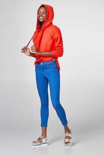 Esprit Fashionably Shortened Stretch Jeans