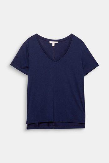 ESPRIT Weich fallendes Shirt mit V-Ausschnitt