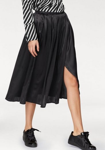 Aniston Pleated Skirt In Wrap-optics