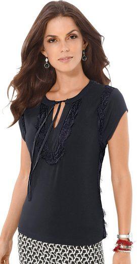 Fair Lady Shirt mit schmalen Bindebändchen am Ausschnitt