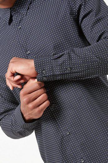 Next Langarmhemd mit geometrischem Print und spitzem Kragen