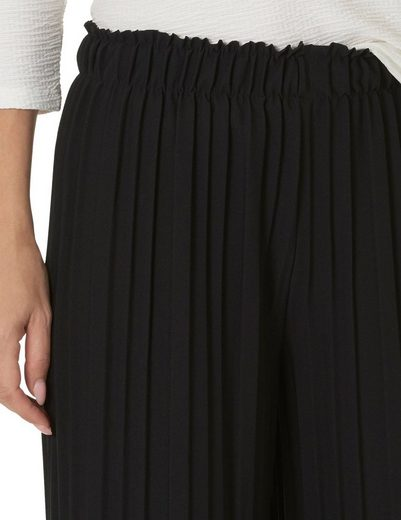 Betty Barclay Pants With Pleated Fold
