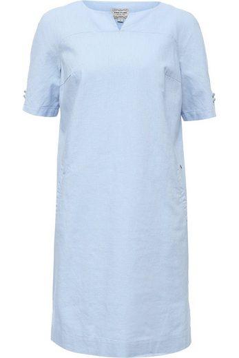 Finn Flare Kleid mit raffiniertem Ausschnitt