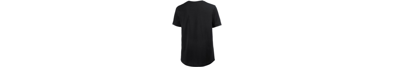 Bench. T-Shirt Rabatt Erwerben Empfehlen Zum Verkauf Freies Verschiffen 2018 Neu Zu Verkaufen HLRMNl