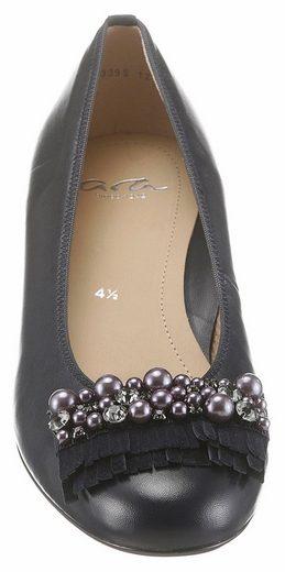 Ara Pumps, in schmaler Schuhweite, mit modischen Perlen und Schmucksteinchen