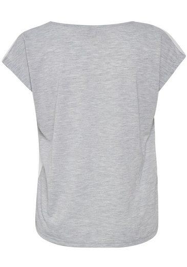 Cream T-Shirt Nanna