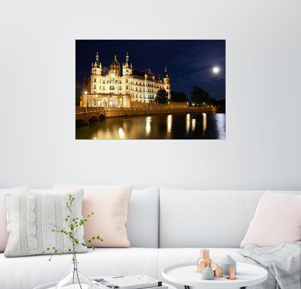 Posterlounge Wandbild »Schweriner Schloss in der Nacht« | Dekoration > Bilder und Rahmen > Bilder | Bunt | Posterlounge