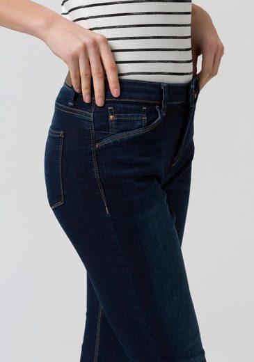 Jean Stretch Esprit Dans Un Style Ajusté Avec Une Taille Normale