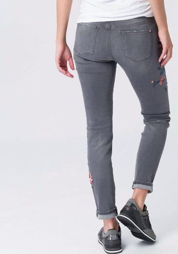 EDC by Esprit Skinny-fit-Jeans, mit floralen Stickereien
