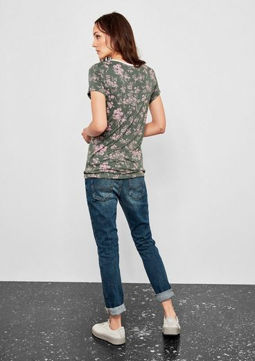 Q/S designed by Shirt im Retro-Look