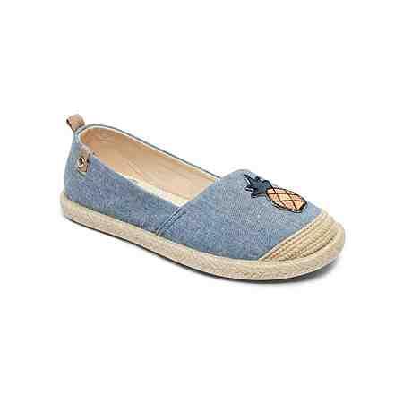 Reinschlüpfen und Loslaufen: Trendige Slipper für Mädchen in verschiedenen Farben und Styles. Jetzt Entdecken!