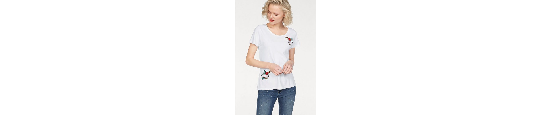Coccara T-Shirt BIRDY, mit modischen Badges in Vogel-Optik