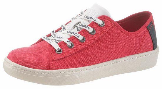 TOMMY JEANS »Gillian 2D« Sneaker in typischen Tommy Farben