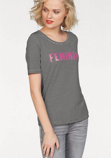 eksept T-Shirt FEMMY TOP, mit Statement-Print