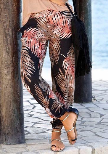 LASCANA Strandhose mit Palmenblätterdruck