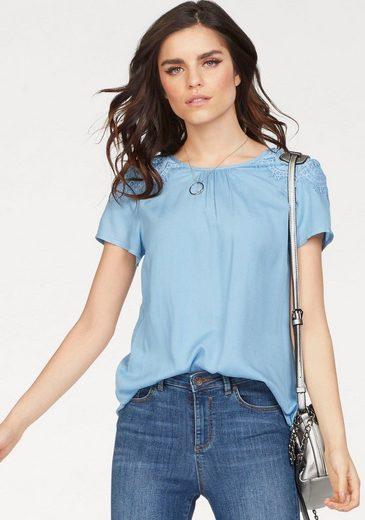 Vero Moda Shirtbluse NAJA, mit Spitze auf den Schultern