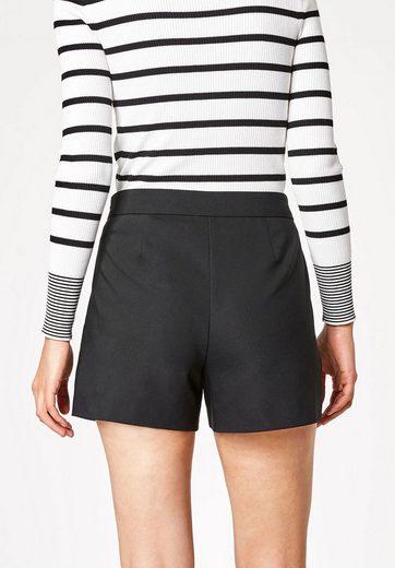 HALLHUBER Shorts mit schrägen Taschen