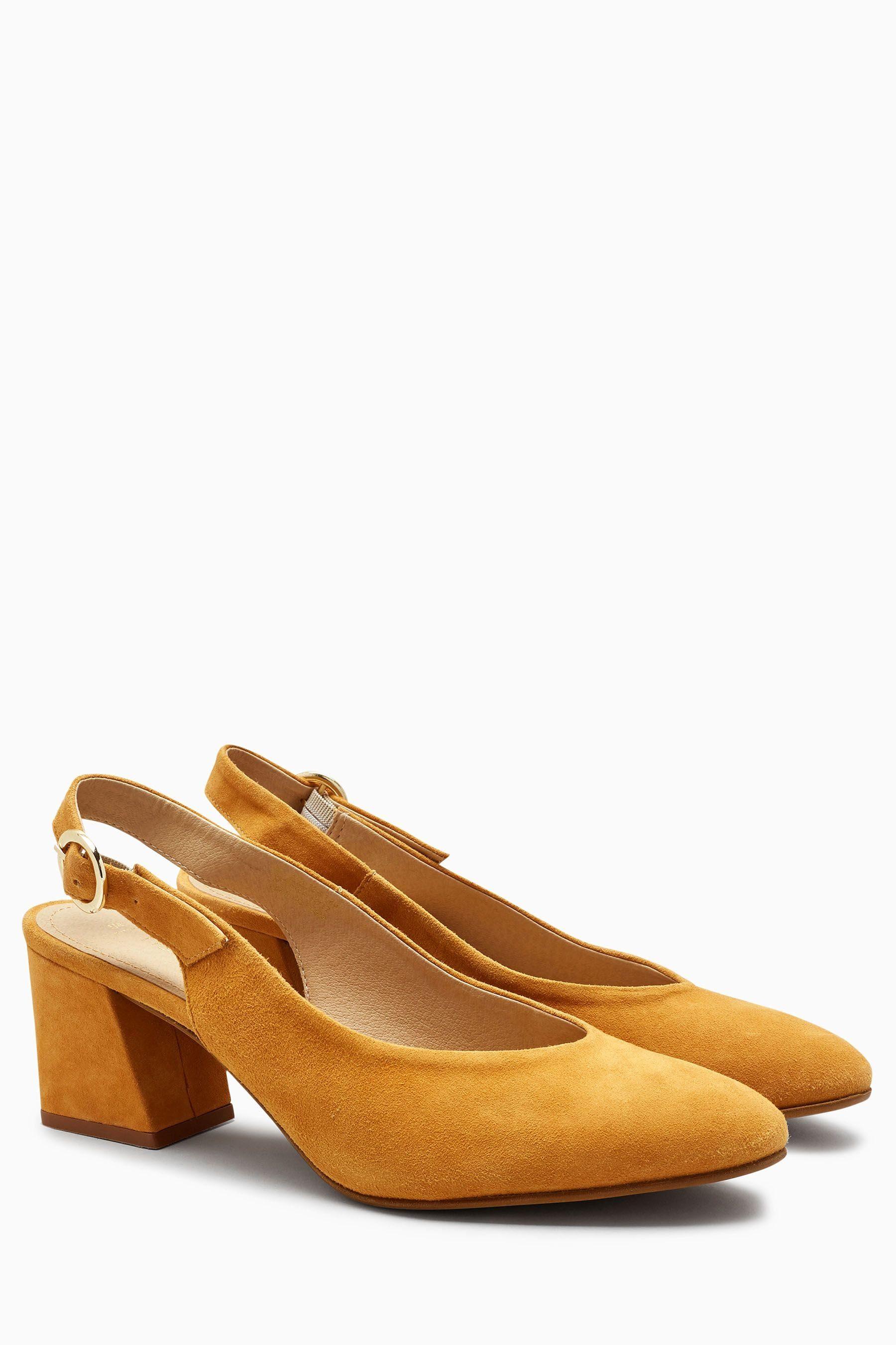 Next Schuh aus Veloursleder mit Fersenriemen  Ochre