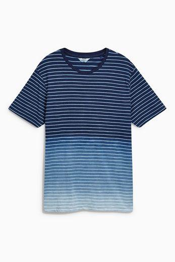 Next Gestreiftes T-Shirt in Tauchfärboptik