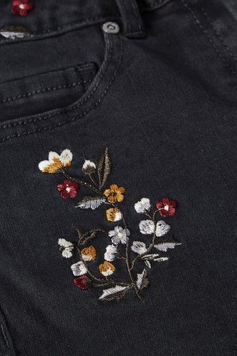 Next Shorts mit Blumenstickereien
