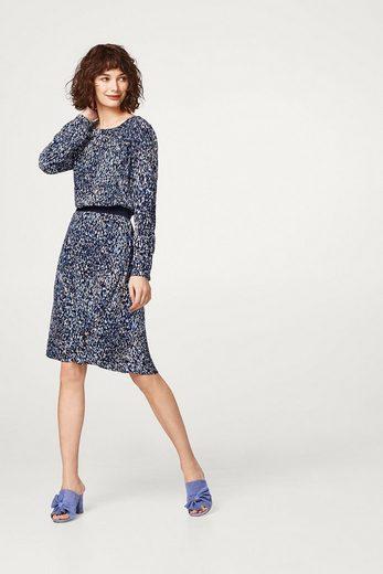 ESPRIT Fließendes Kleid mit grafischem Print