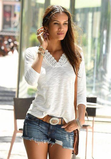 LASCANA Shirt mit Spitze am Ausschnitt