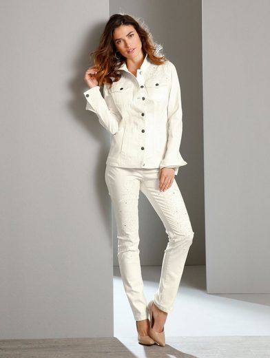 Paola Jeans With Embroidery