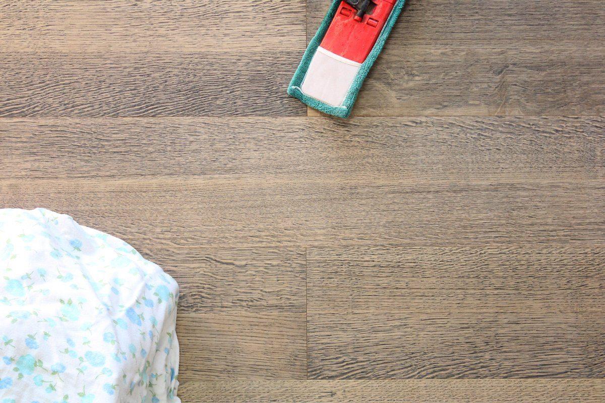 GHB Böden die Räume adeln Laminat »Eiche Alpin Black geölt«, Echtholz, 250 x 2050 mm