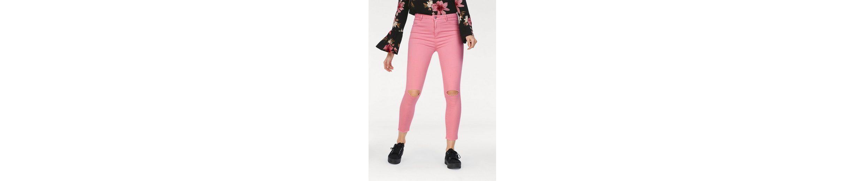 HaILYS Skinny-fit-Jeans CELIA, mit Destroyed Effekten
