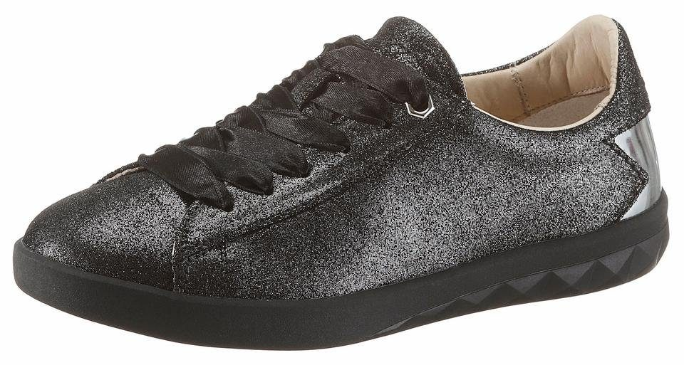 Diesel Solstice Low W Sneaker, mit Stern-Applikation an der Ferse online kaufen  schwarz-silberfarben