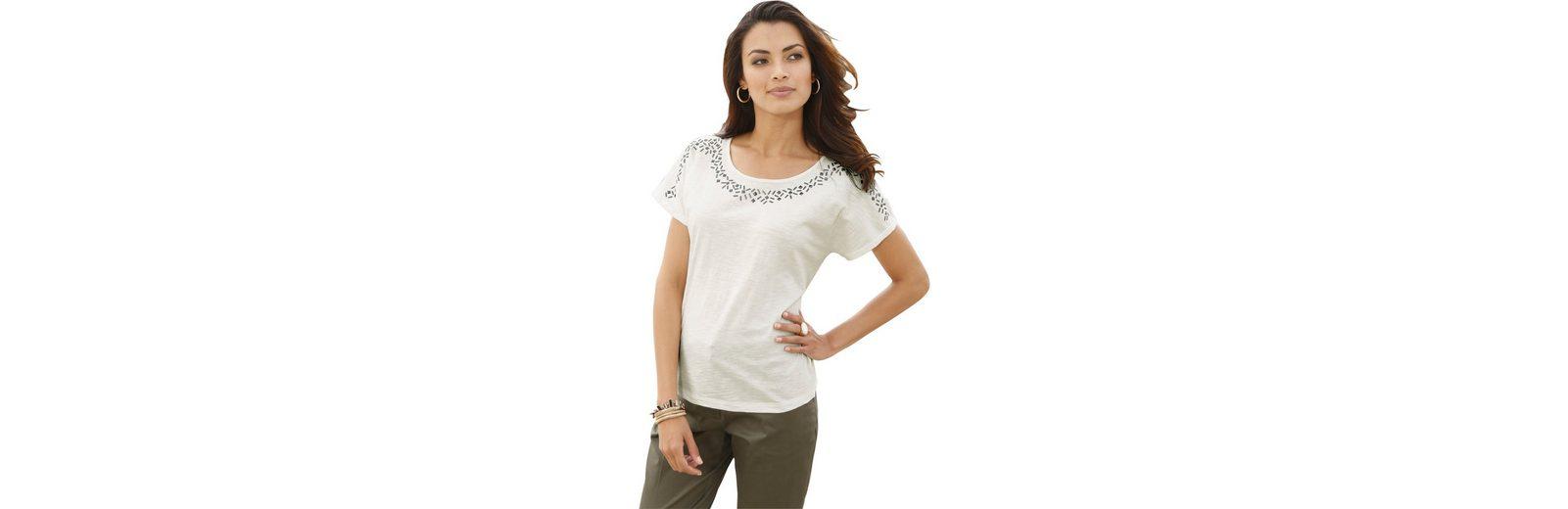 Classic Inspirationen Shirt mit silberfarbenen Metallpl盲ttchen