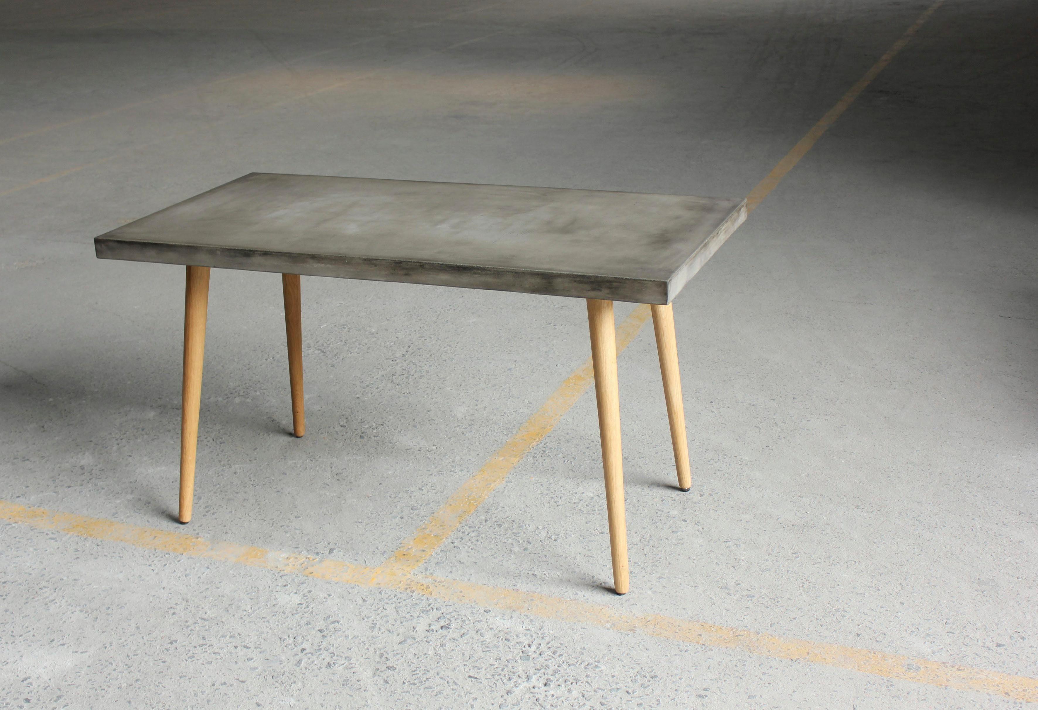 SIT Esstisch »Cement«, Leichtbeton mit Massivholz Beinen