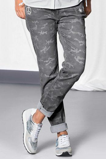 bianca 5-Pocket-Jeans SHAPE, cooles Muster in Tarn-Look und Straßapplikation