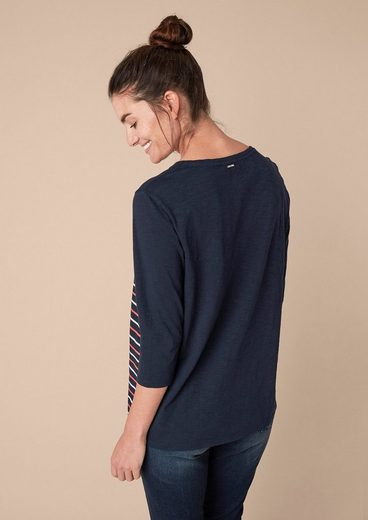 Triangle Shirt With Striped Front