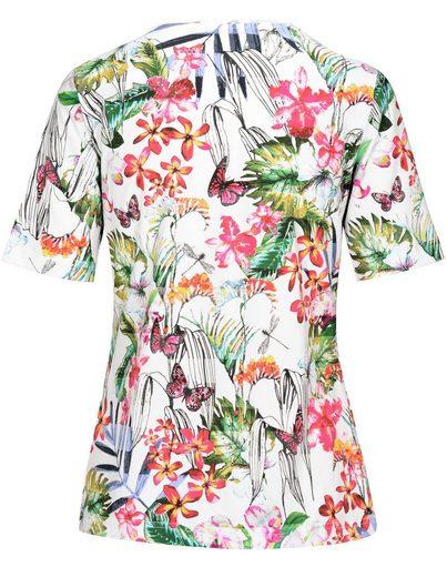 Clarina V-Shirt