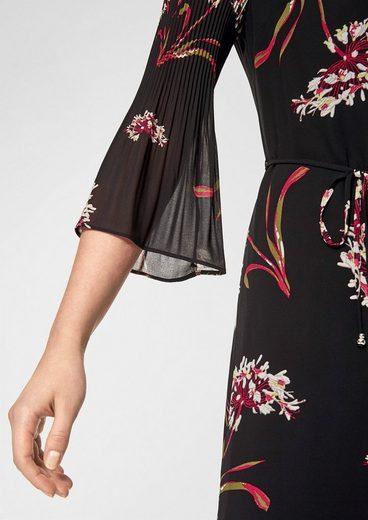 s.Oliver BLACK LABEL Chiffon-Kleid mit Plissee-Ärmeln