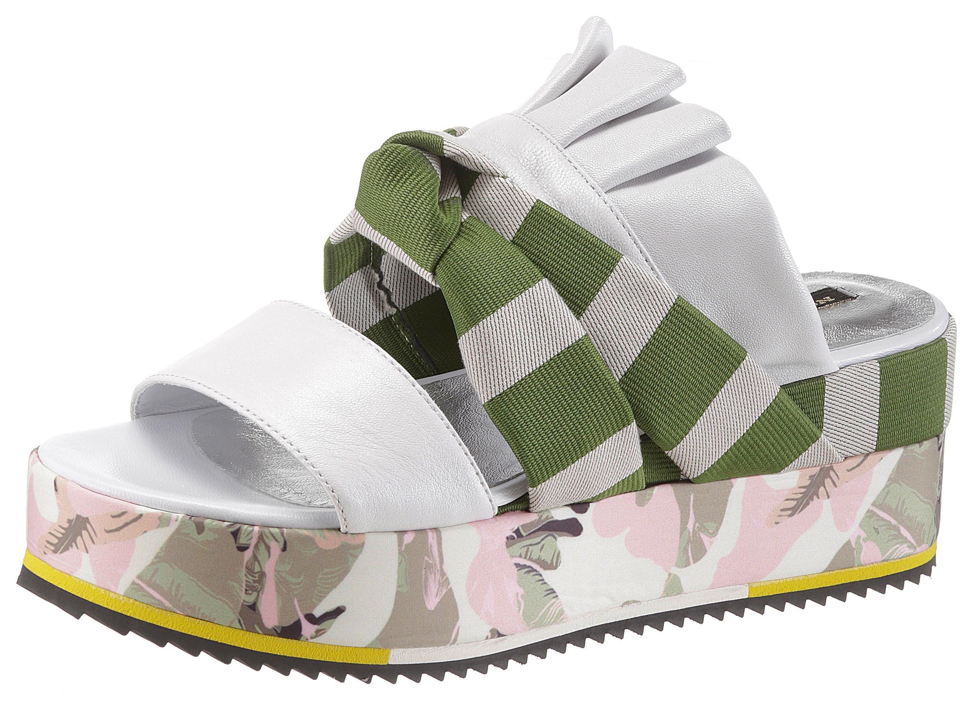 NOCLAIM Pantolette, im sommerlichen Design, weiß, EURO-Größen, weiß-grün-bunt