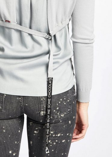 khujo V-Ausschnitt-Pullover BATHIA, mit zweilagiger, verlängerter Rückenpartie mit Zugband