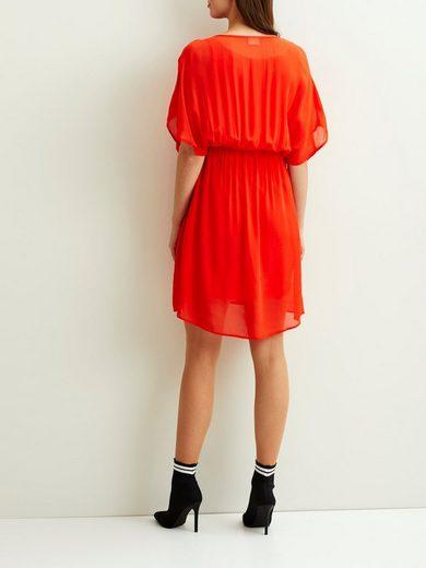 Vila Locker geschnittenes Kleid mit kurzen Ärmeln