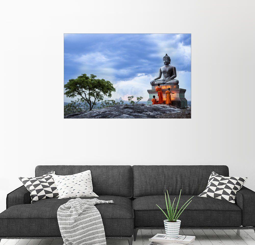 Posterlounge Wandbild »betende Mönche vor einem Buddha«