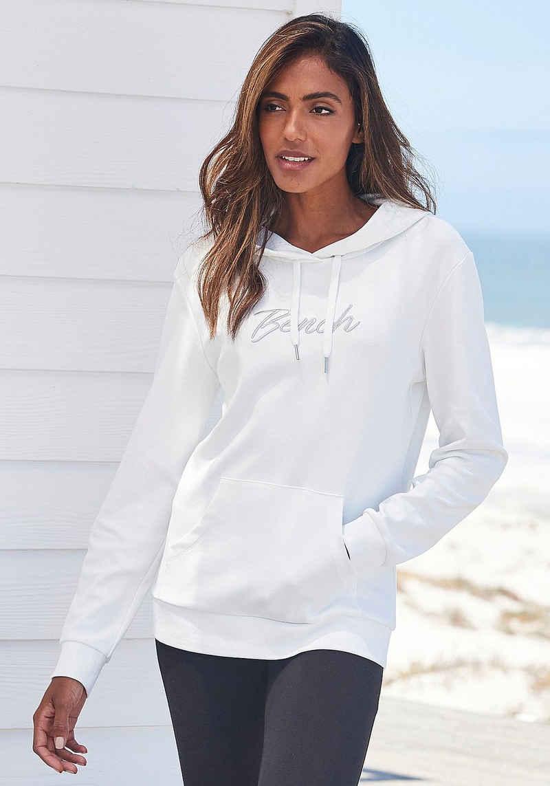 Bench. Kapuzensweatshirt mit glänzender Logostickerei