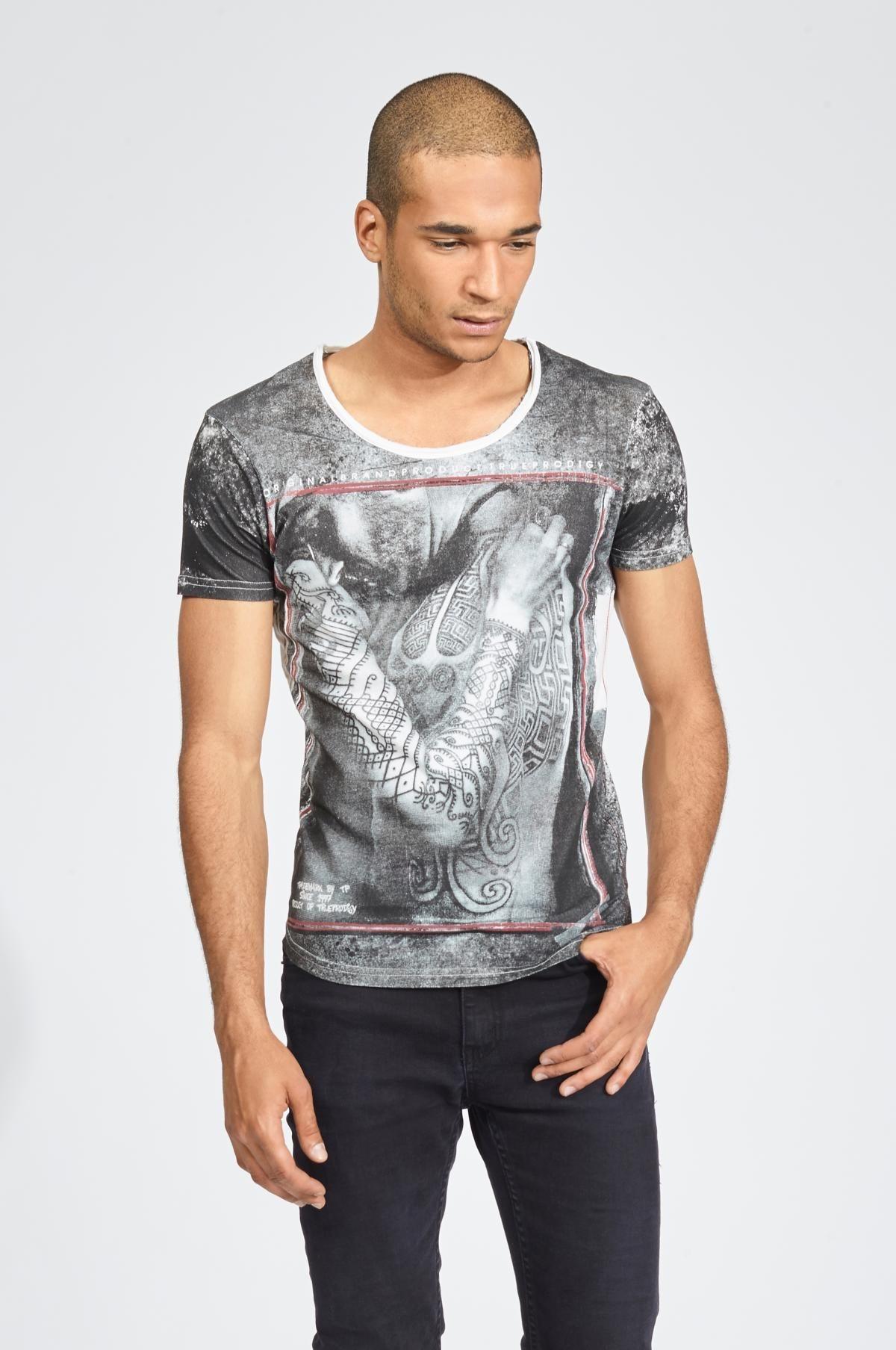 Herren trueprodigy T-Shirt Maori tattooed man weiß   04057124012446
