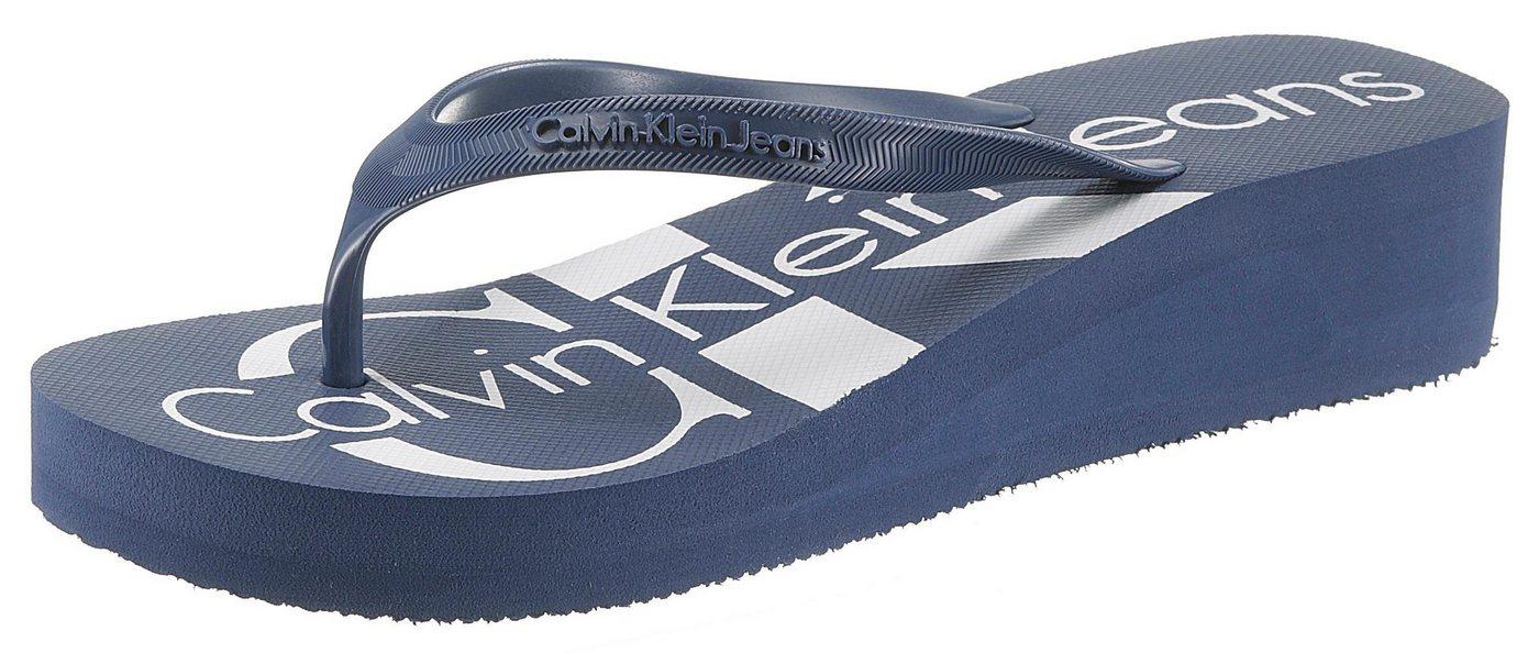 Damen Calvin Klein Zehentrenner mit plakativem Logo auf der Laufsohle blau   00889680105188