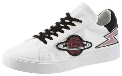62d33a4e98cfc7 Esprit »Cherry Ufo Lu« Sneaker mit modischen Patches