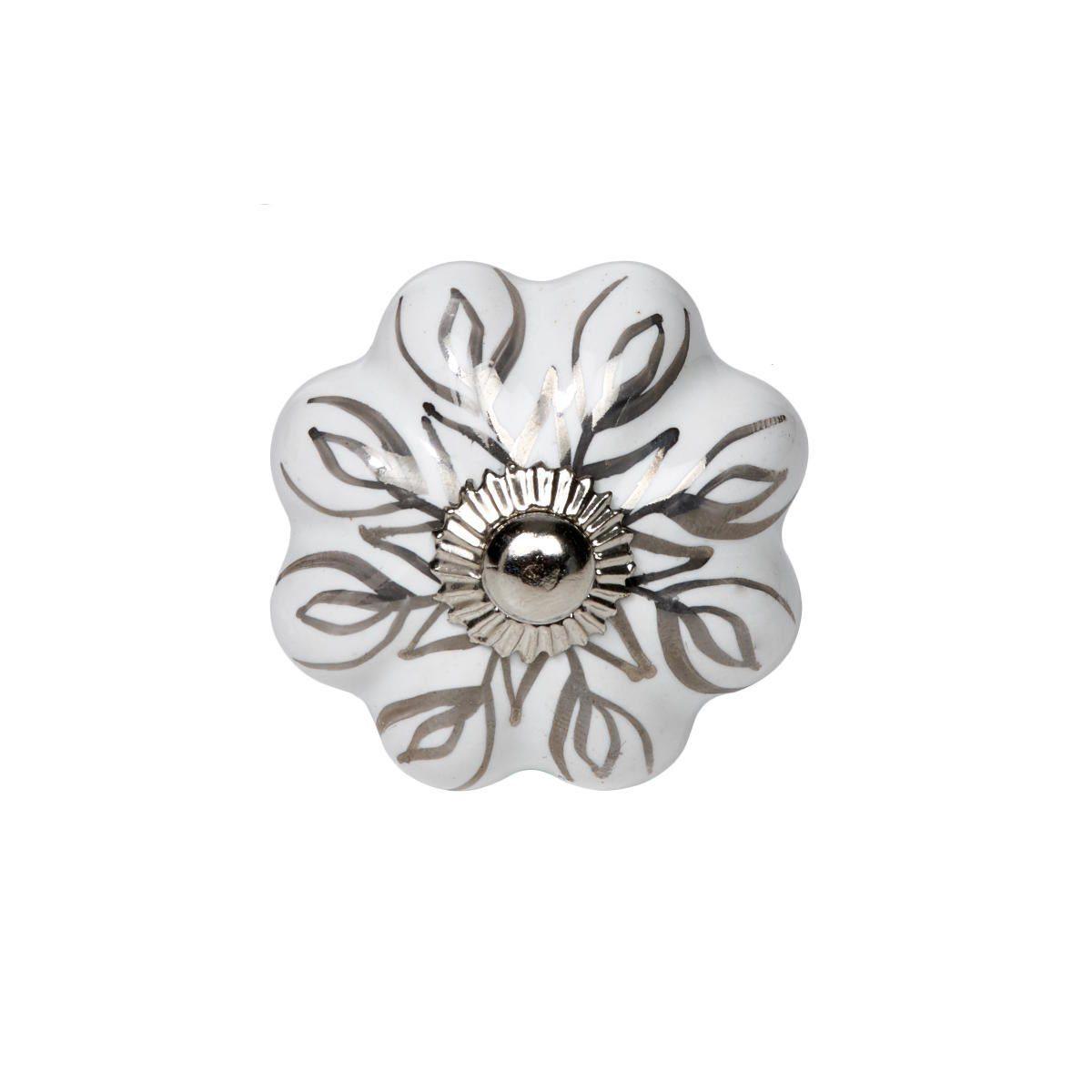 BUTLERS OPEN »Möbelknopf Blume mit Silberornamenten«