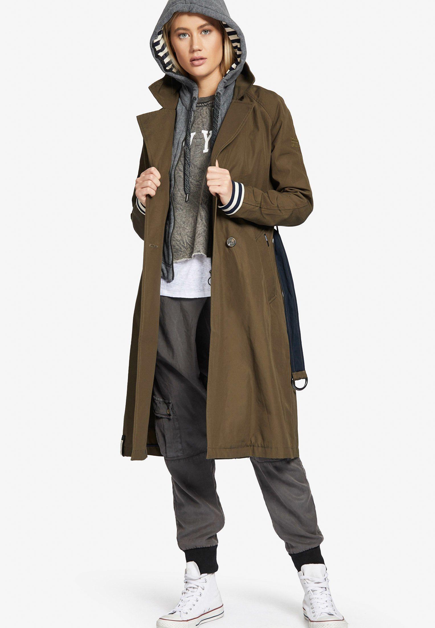 khujo Trenchcoat »JUDITA WITH INNER JACKET«, mit herausnehmbaren Kapuzeneinsatz   Bekleidung > Mäntel > Trenchcoats   khujo