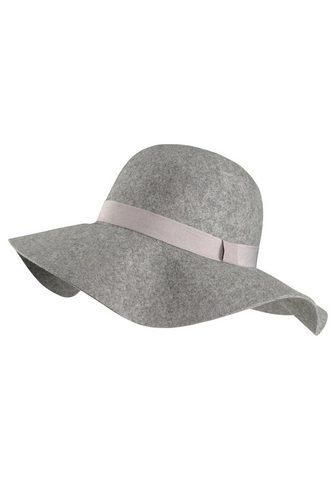 Шляпа мягкая