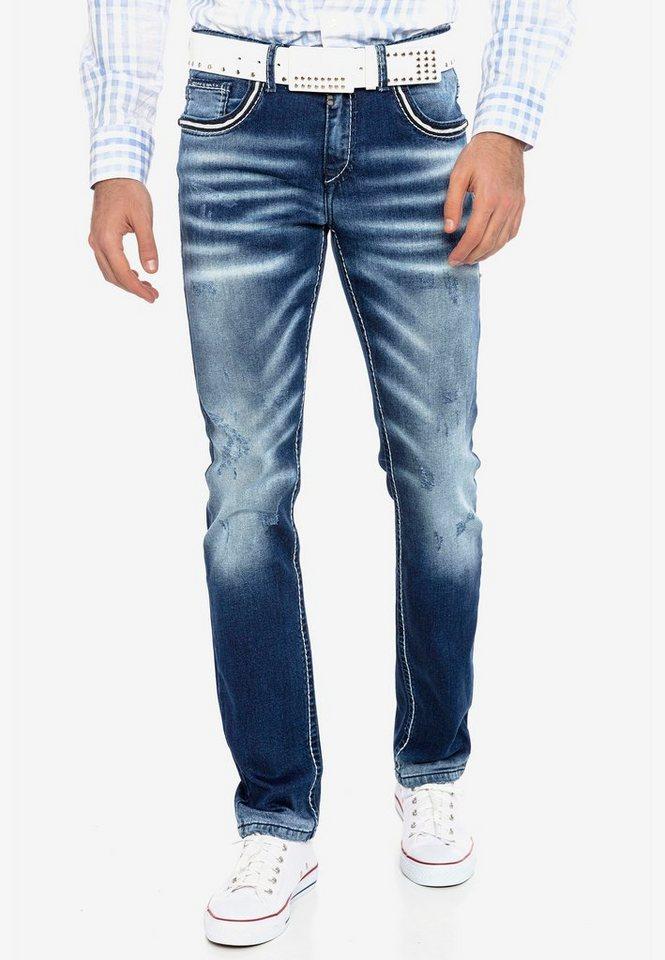 cipo & baxx -  Bequeme Jeans mit passendem Gürtel