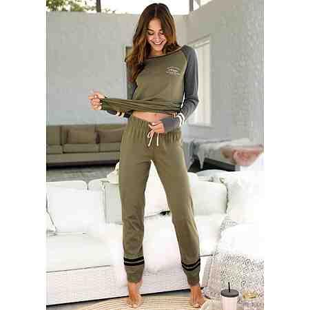 Nachtwäsche für Damen: Mode zum Wohlfühlen! Ob Pyjama, Shortys oder Nachthemden - Nachtwäsche für jede Jahreszeit!